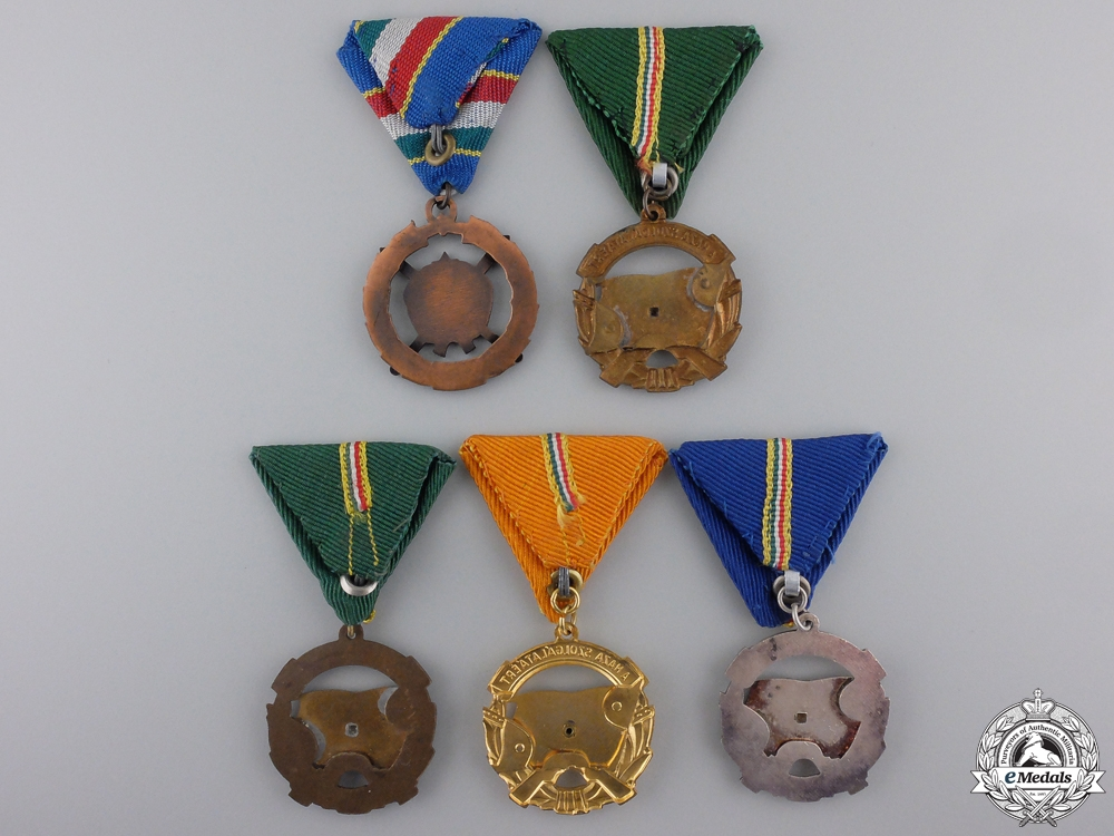 Five Republic of Hungarian Medals, Orders & Awards