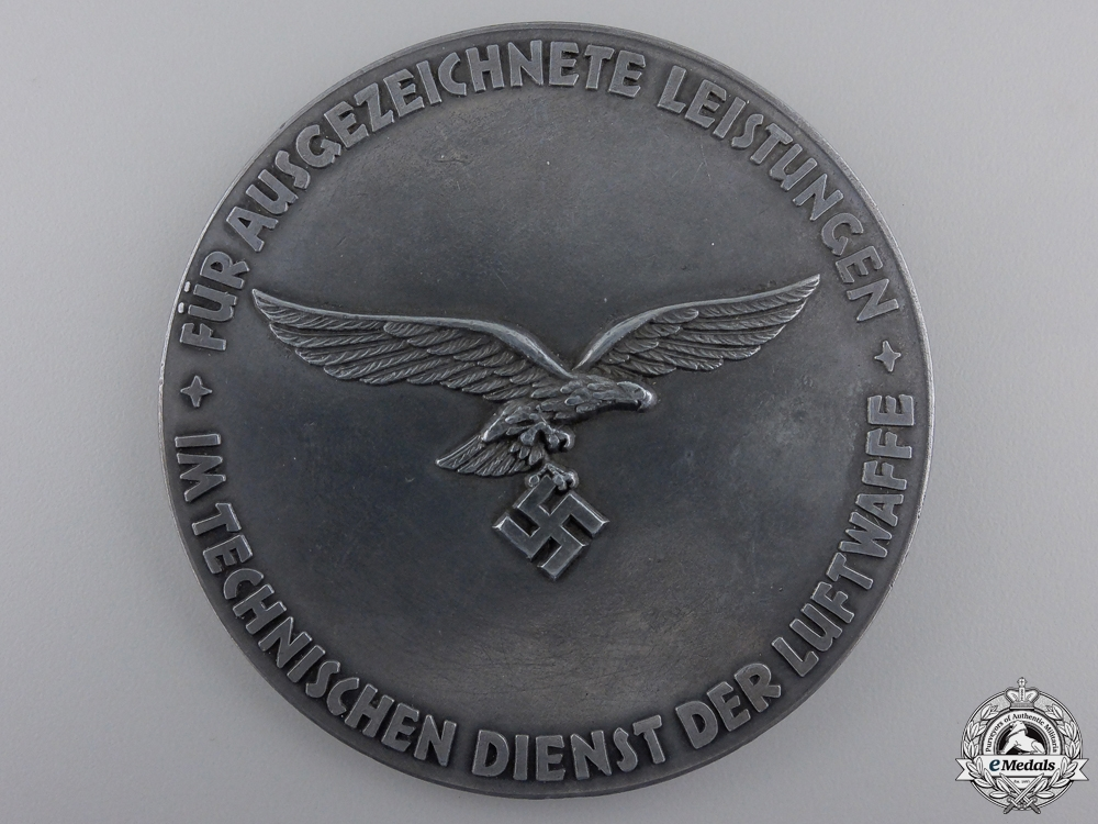 A Luftwaffe Table Award for Technical Achievement
