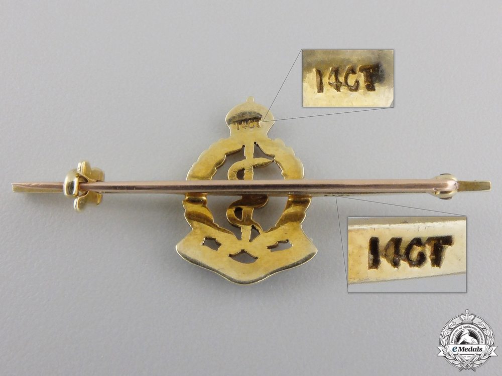 A Second War Royal Army Medical Corps Pin in Gold