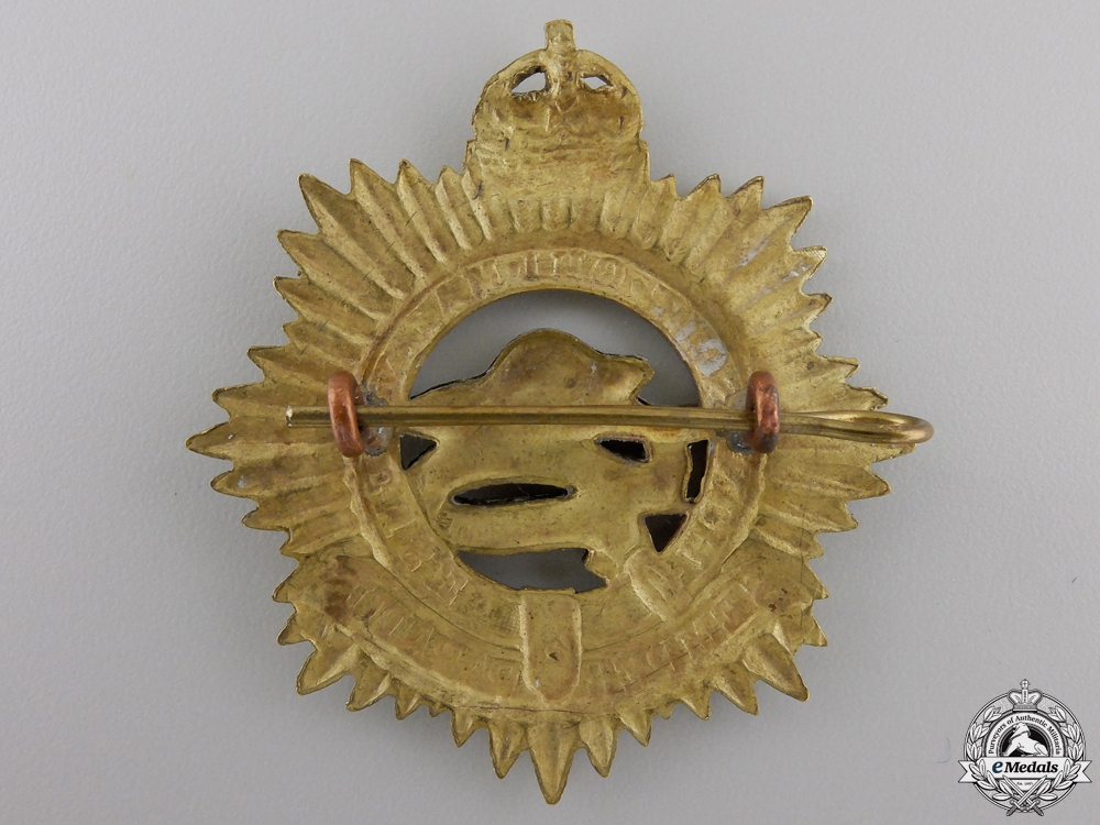 A Second War Midland Regiment Cap Badge