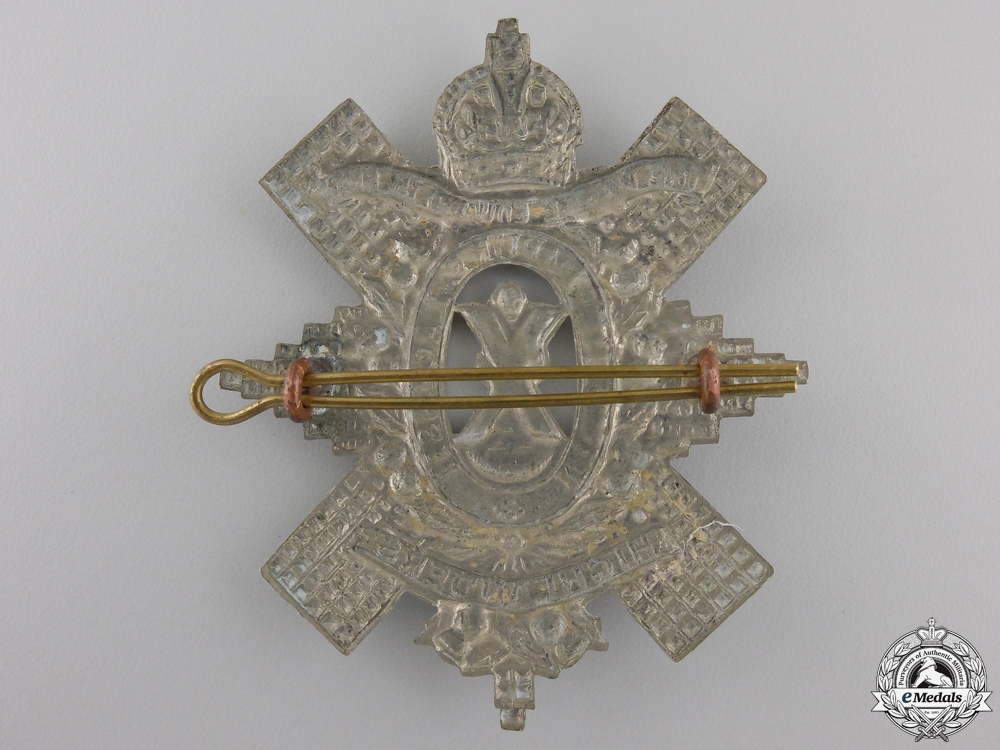 A Second War Prince Edward Island Highlanders Cap Badge
