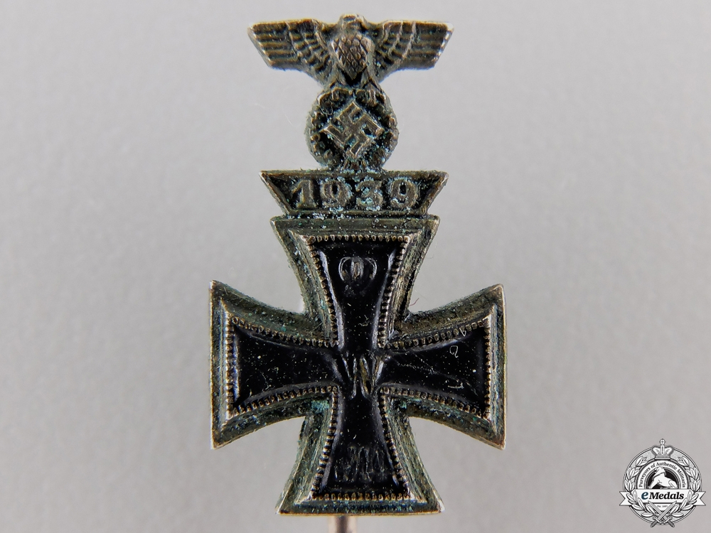 A Miniature Iron Cross First Was with 1939 Spange