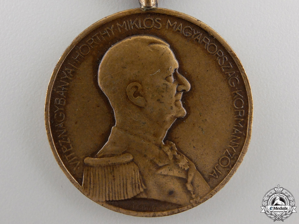 A Second War Hungarian Bravery Medal