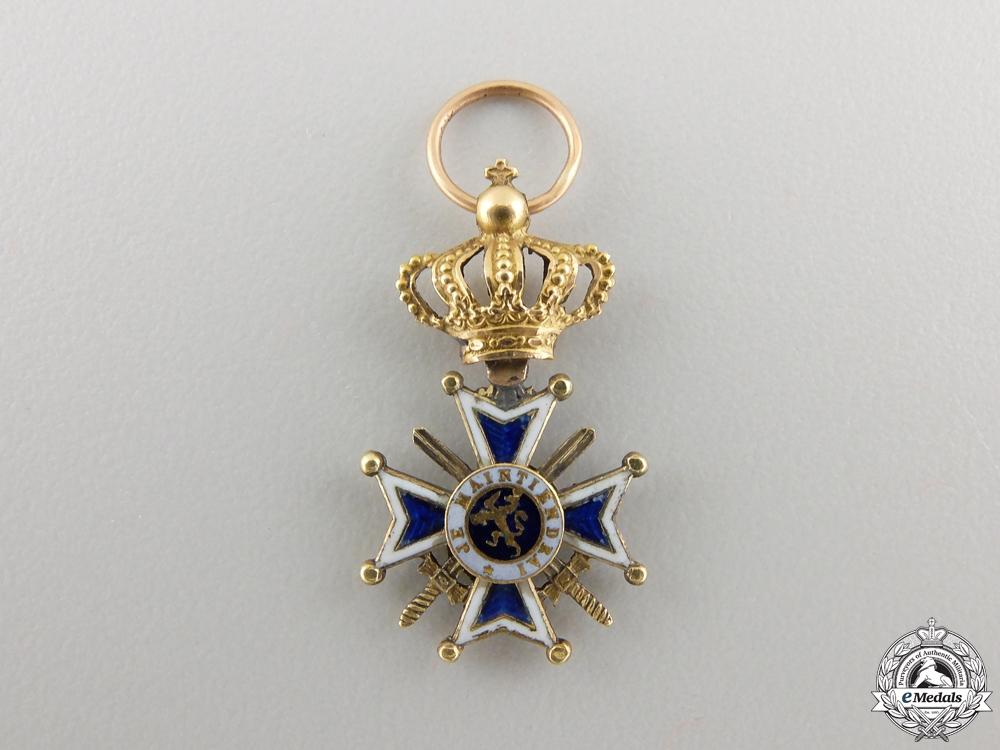 A Miniature Dutch Order of Orange-Nassau in Gold