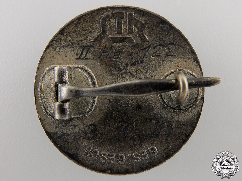 A 1923 Stahlhelm Membership Badge in Silver