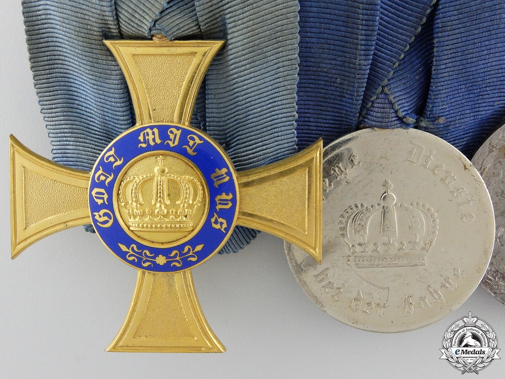 A Prussian Crown Order & China Service Medal Bar