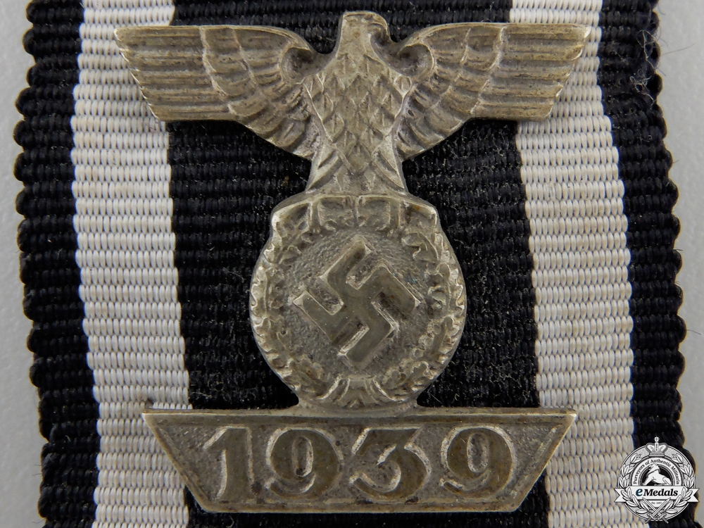 A Clasp to the Iron Cross 2nd Class 1939; Reduced Version
