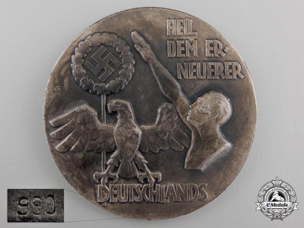 """An A.H. Medal """"Wer leben will der kämpfe"""""""
