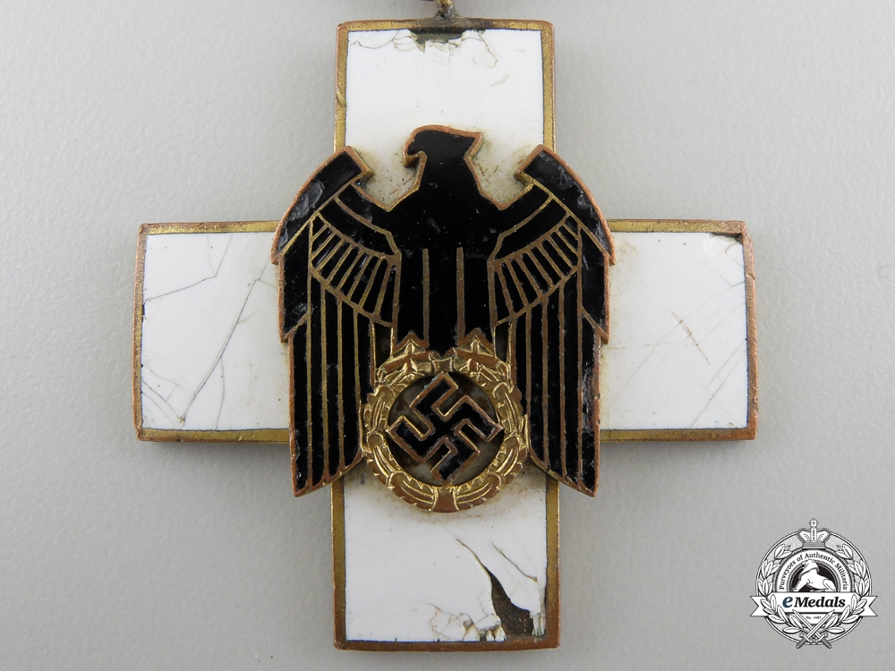 A German Social Welfare Decoration; Spanish Recipient