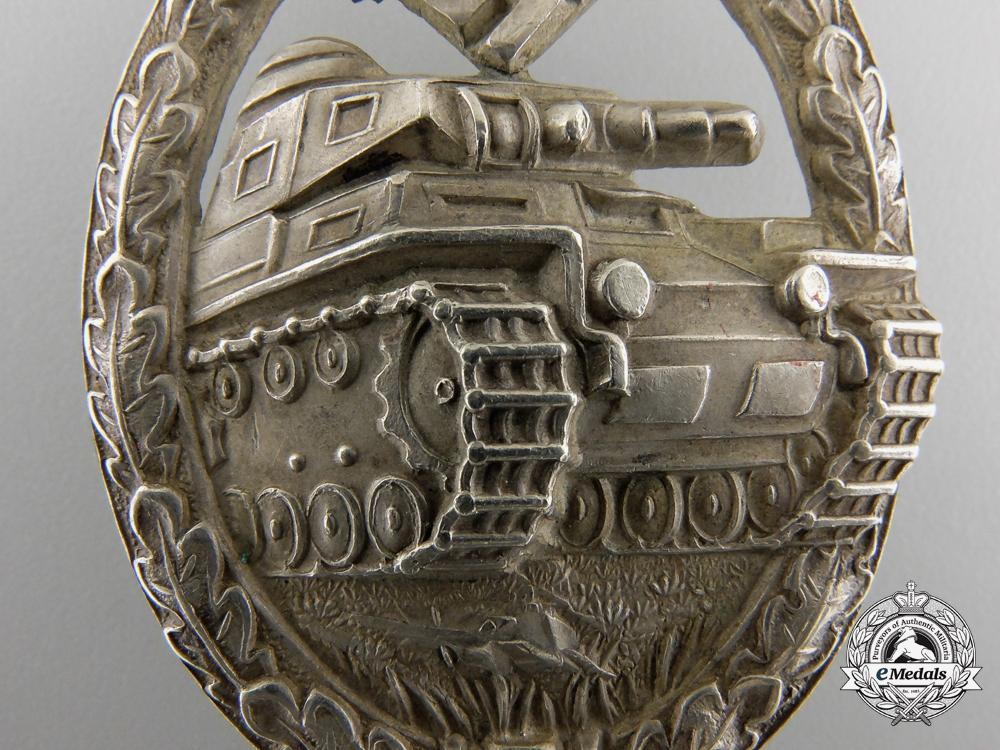 A Silver Grade Tank Badge by Juncker