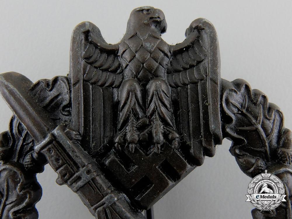 A Mint Infantry Assault Badge; Bronze Grade