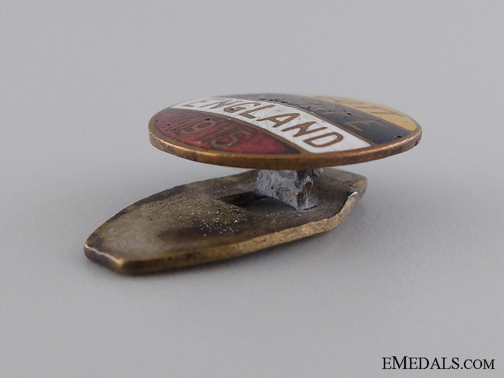 """A 1915 """"May God Punish England"""" Badge"""