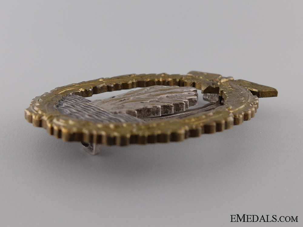 An Early Minesweeper War Badge; Unmarked