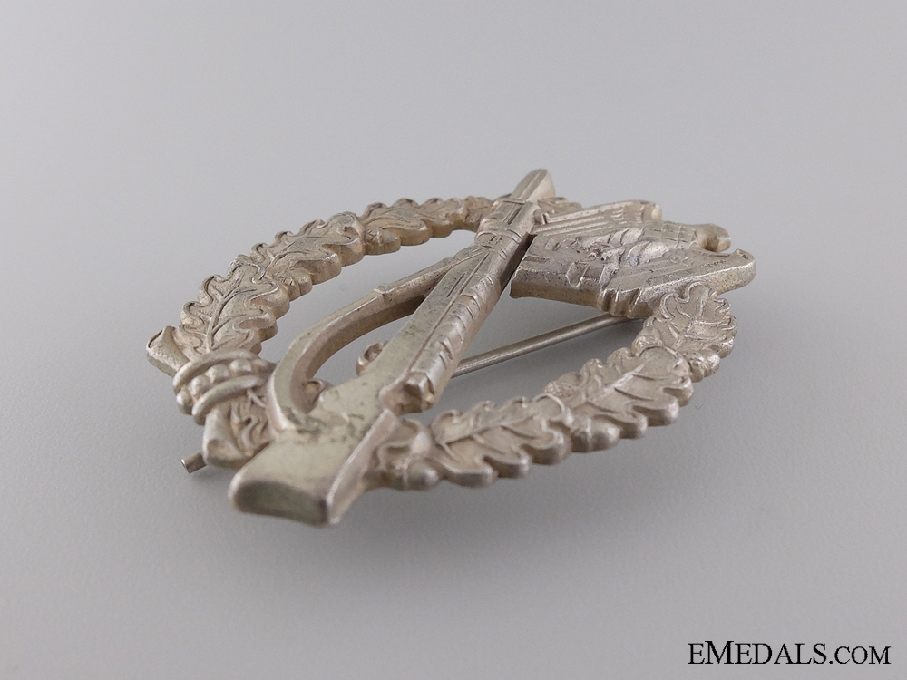 A Silver Grade Infantry Badge by S.H.u.Co. 41