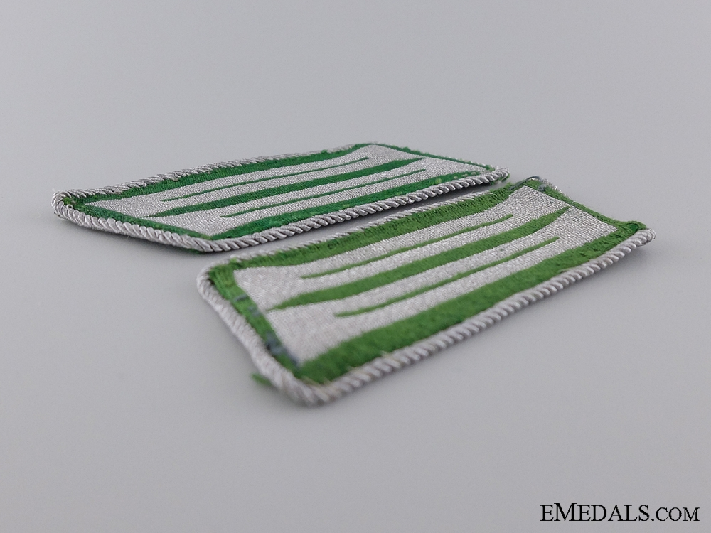 A Set of Schutzpolizei Shoulder Boards with Collar Tabs