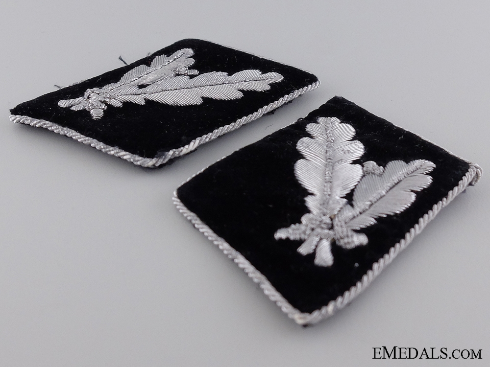 Waffen-SS Pair of Collar Tabs for SS-Oberführer