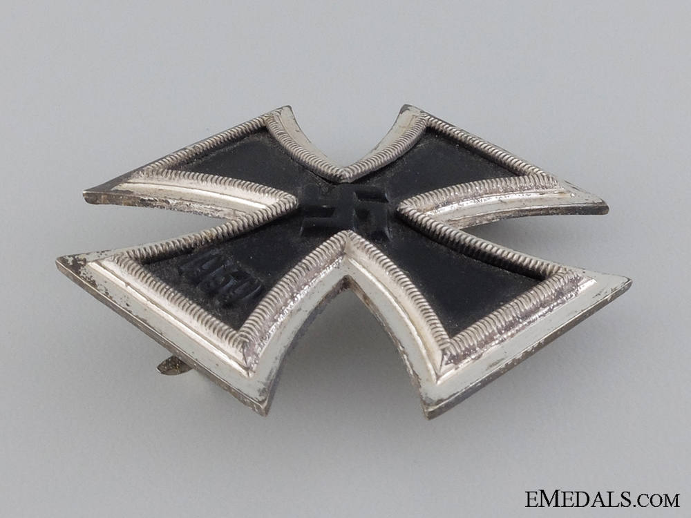 An Iron Cross First Class 1939 by Steinhauer & Lück