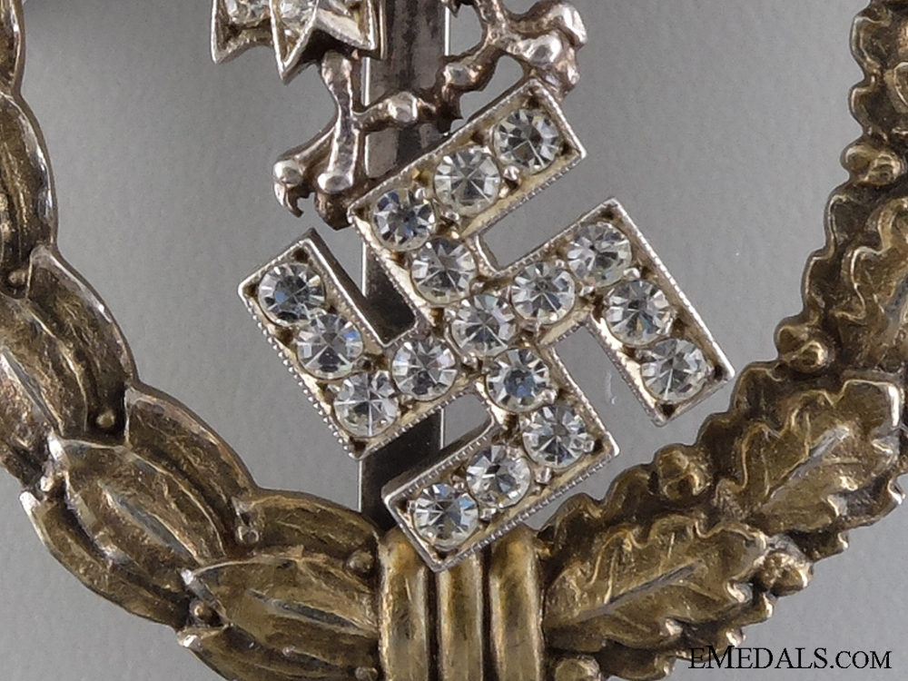 """An Ultra Rare Combined Pilot & Observer Badge with """"Diamonds"""""""
