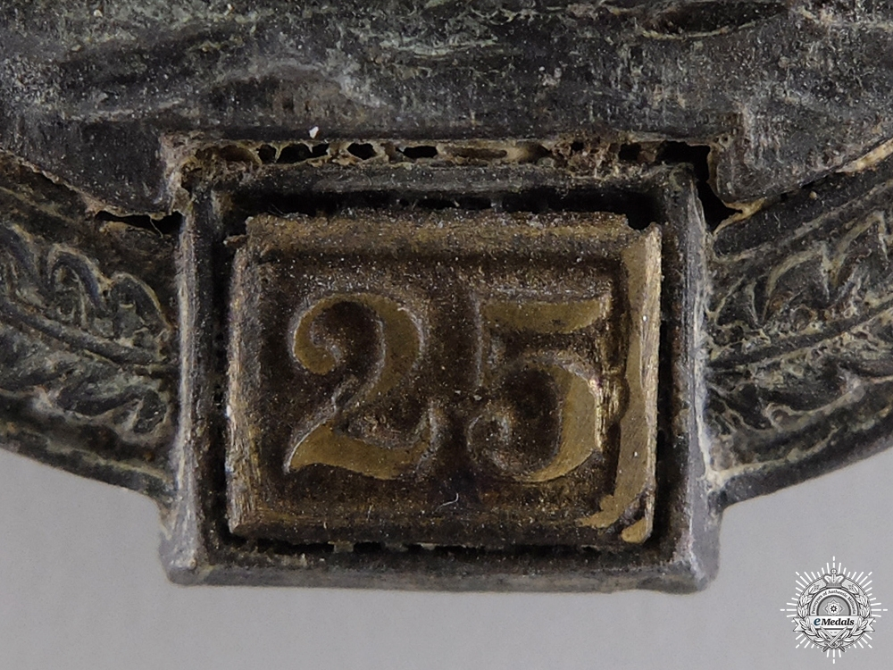 A Recovered Tank Badge; 25 Special Grade by Gustav Brehmer