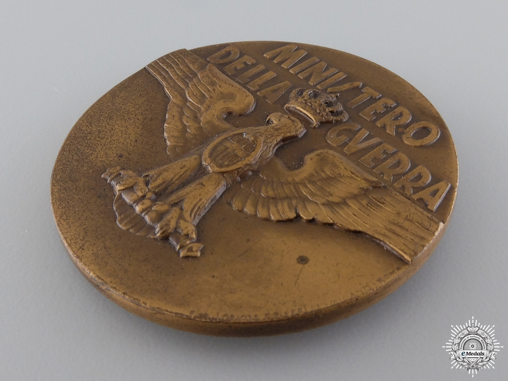 An Italian Ministry of War Medal