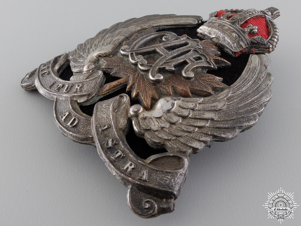 A Canadian Air Force (CAF) Officer's Cap Badge 1920-1924