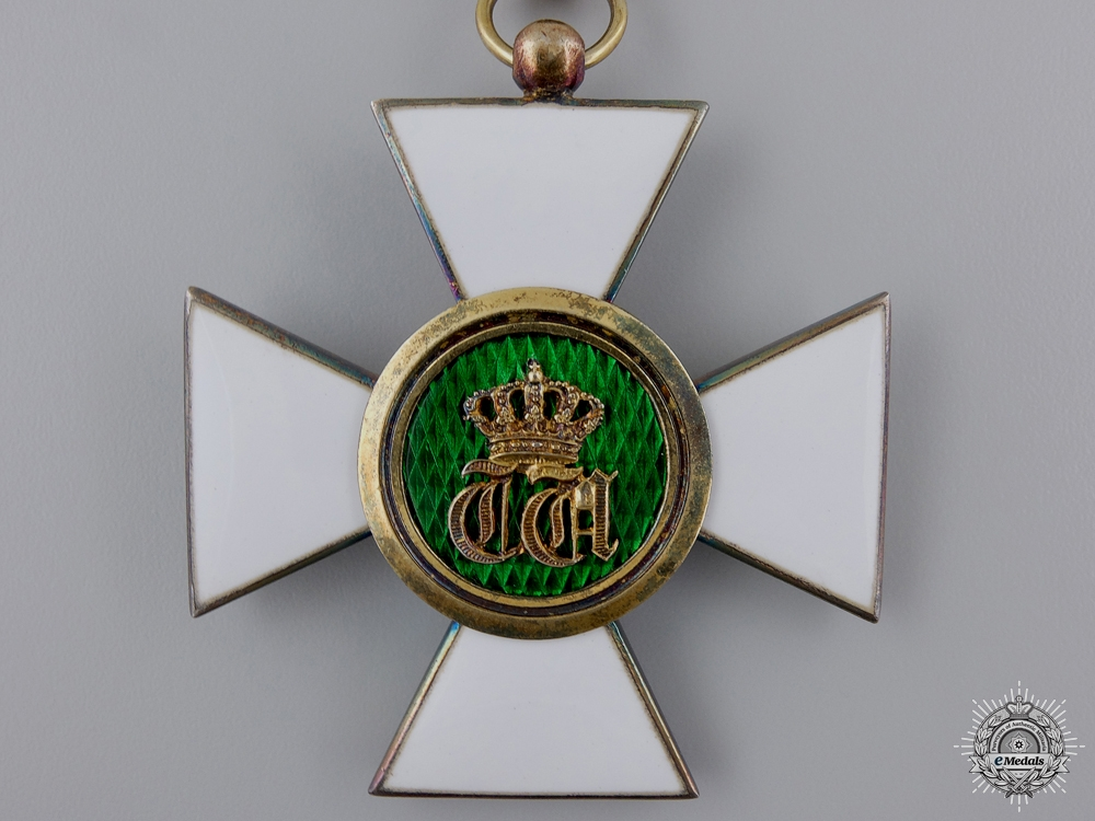 Luxembourg. An Order of the Oak Crown; Commander's Badge