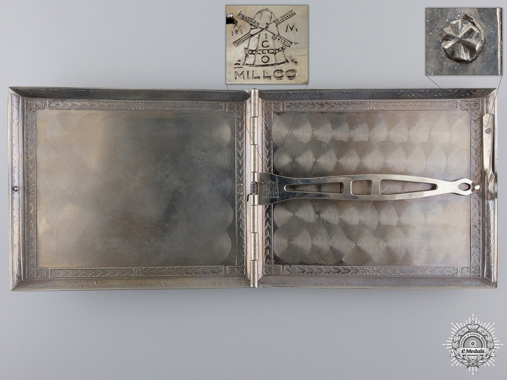 A Second War US Paratrooper Cigarette Case