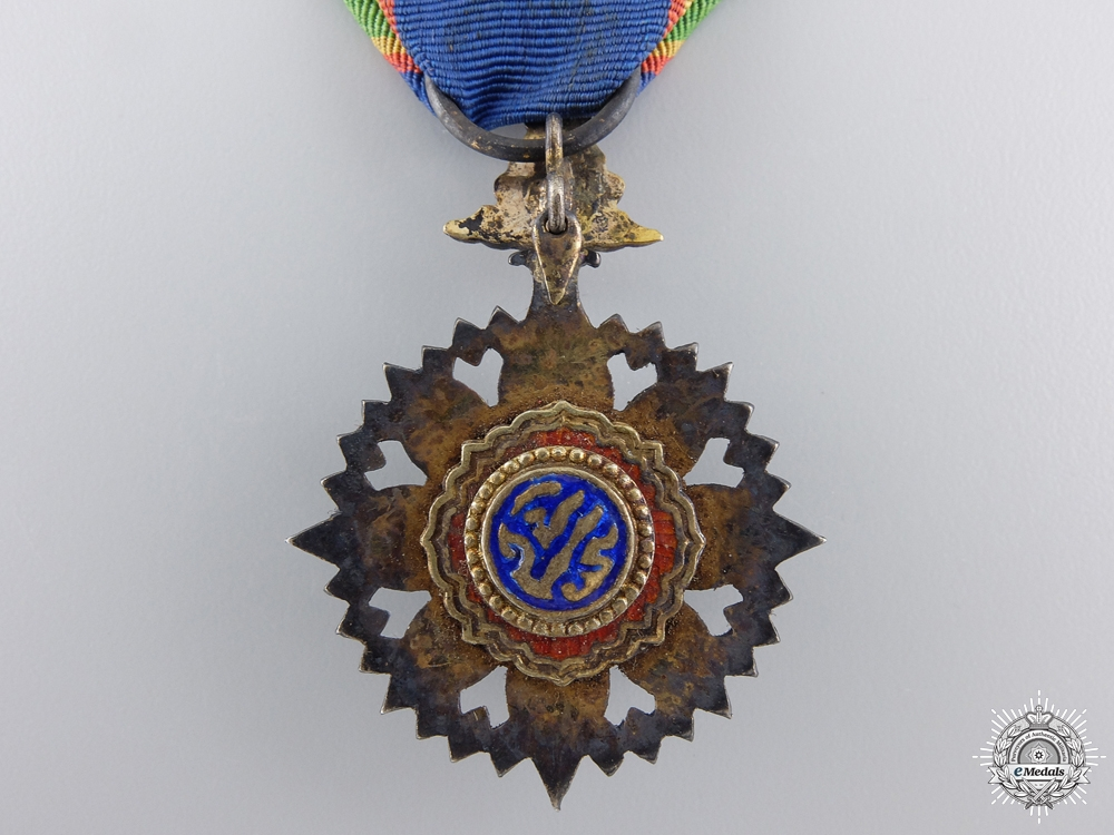 A Thai Order of the Crown; Officer's