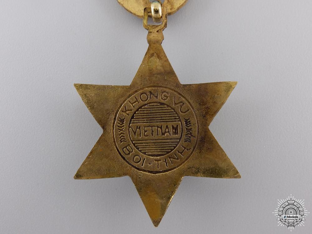 A Vietnamese Air Service Medal; 2nd Grade