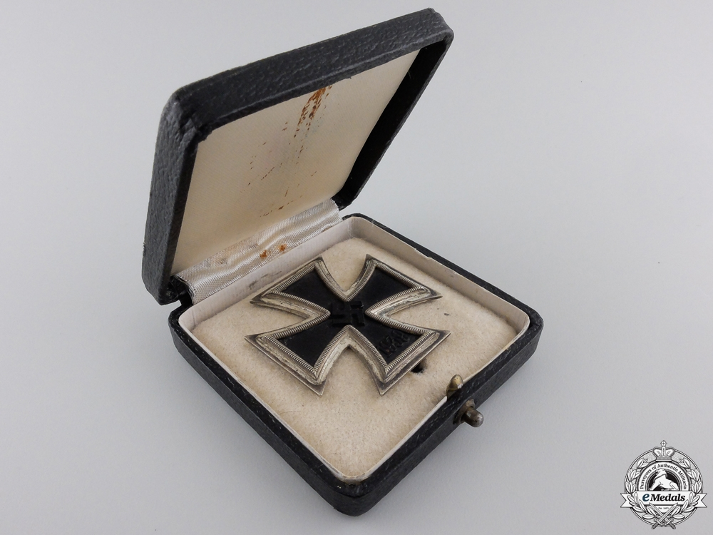 An Iron Cross First Class 1939 with Case