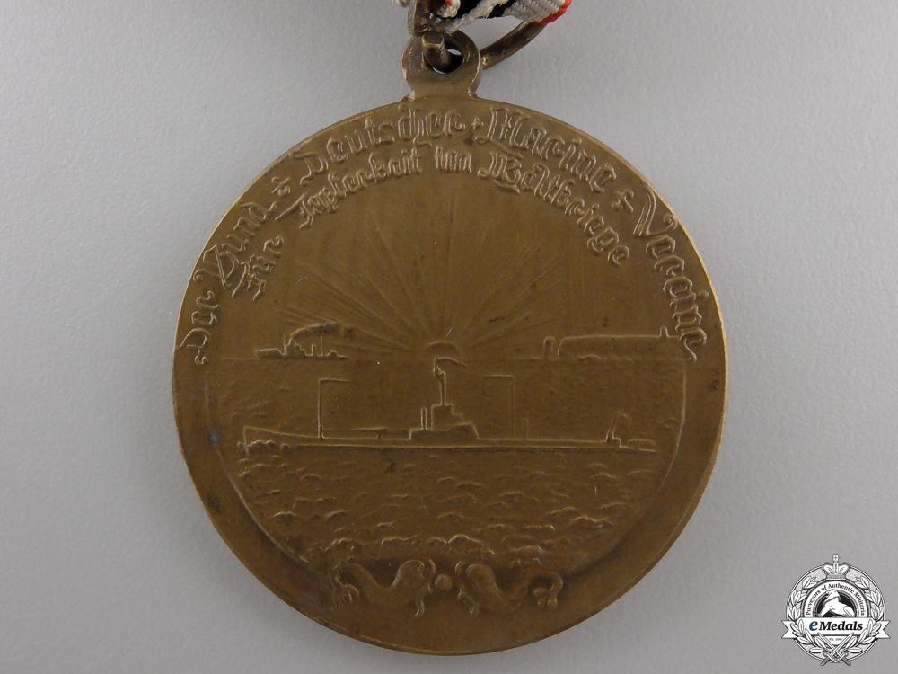 A First War German Naval League Bravery Medal & Photograph