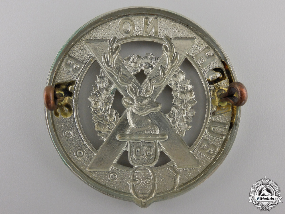 A 50th Regiment Gordon Highlanders Glengarry Badge