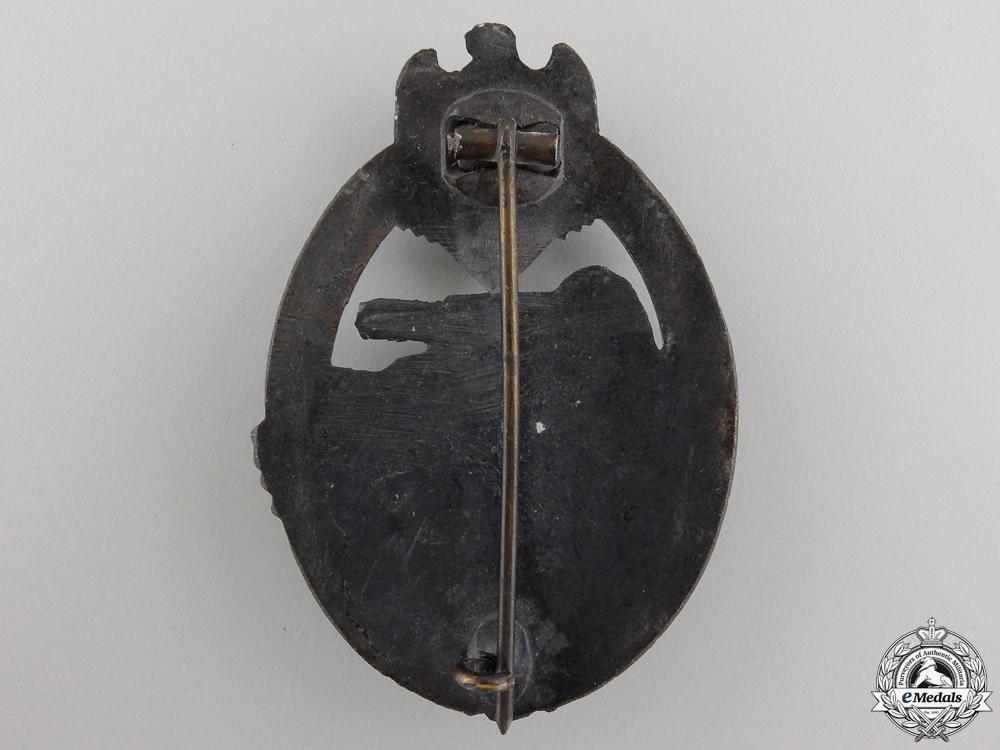 A Late War Tank Assault Badge; Bronze Grade