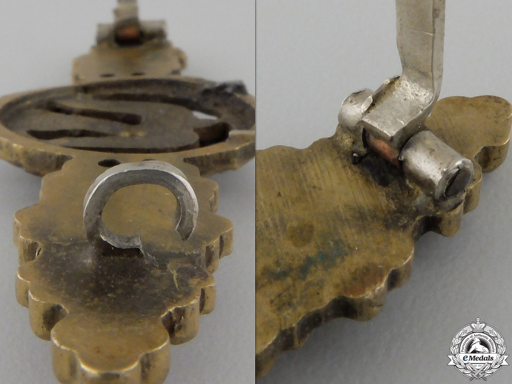 A Luftwaffe Squadron Clasp for Bomber Pilots