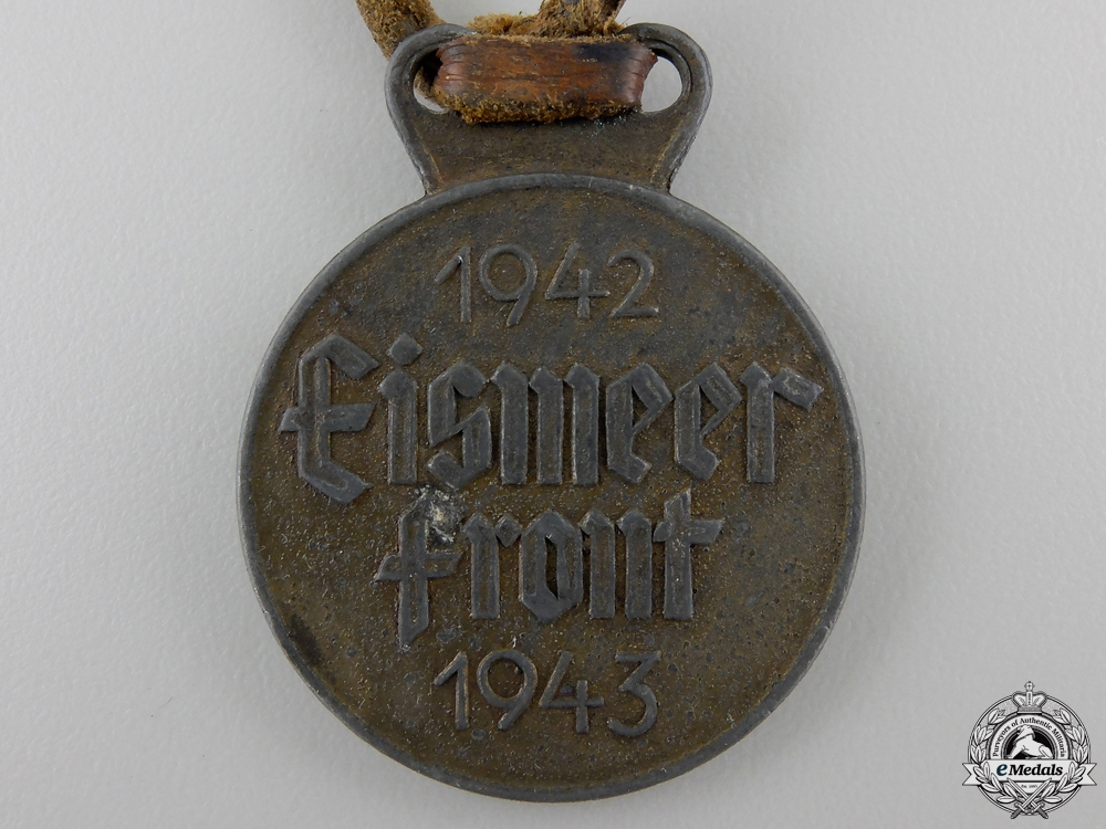 A 1942-1943 German Eismeer Front Campaign Medal