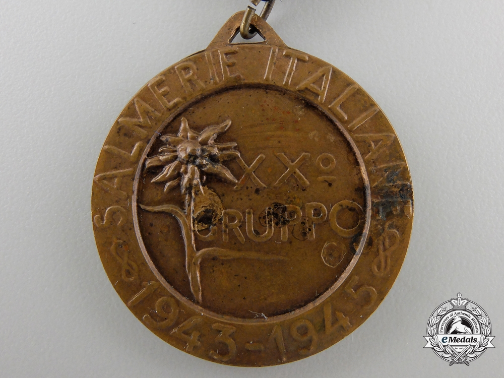 A 20th Alpini Salmerie Group Commemorative Medal 1943-1945