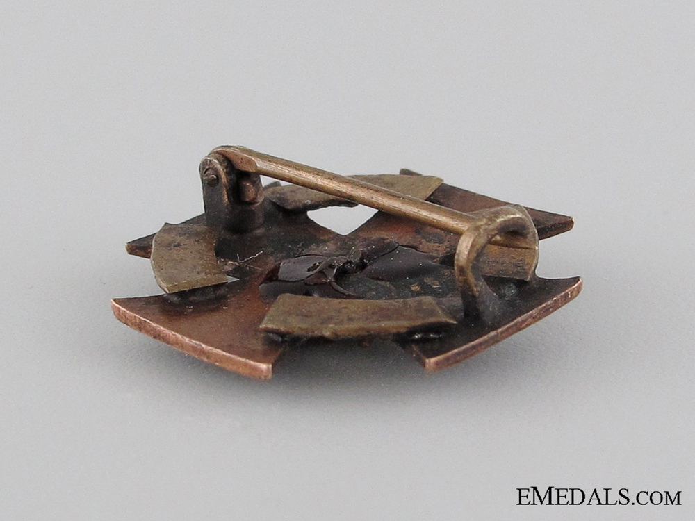 Austrian WWI Iron Cross Pin, 1914