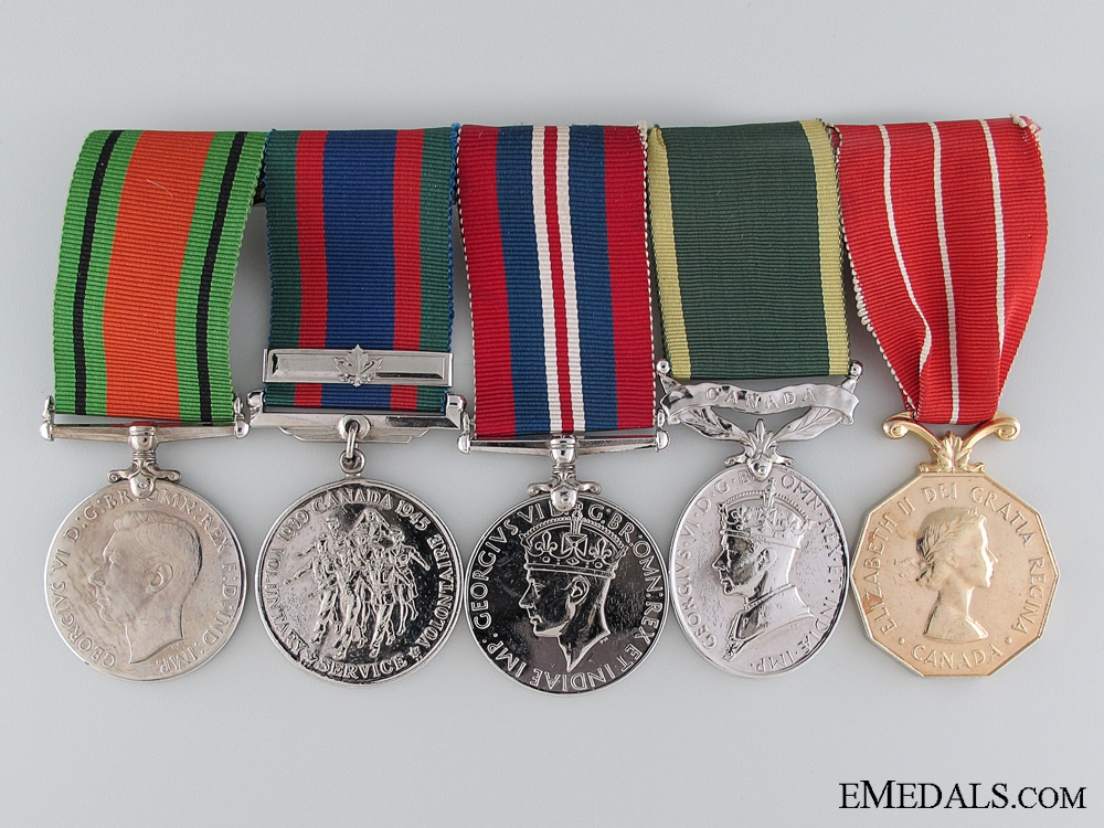 WWII Canadian Husband and Wife Medal & Document Group
