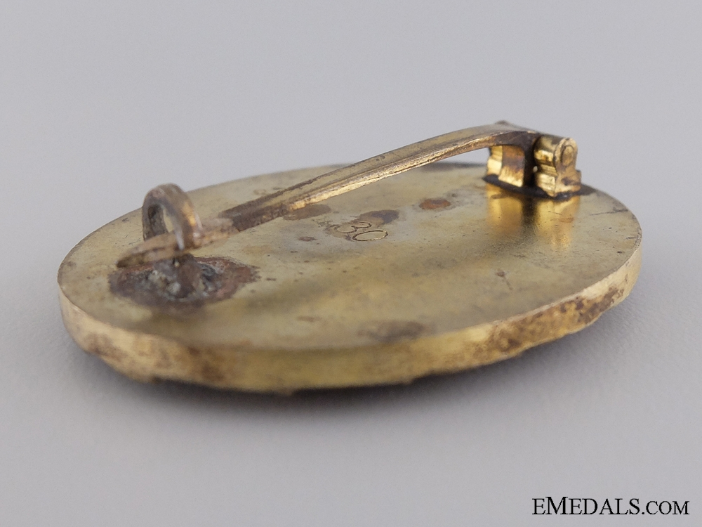 A Gold Grade Wound Badge by Hauptmunzamt of Vienna