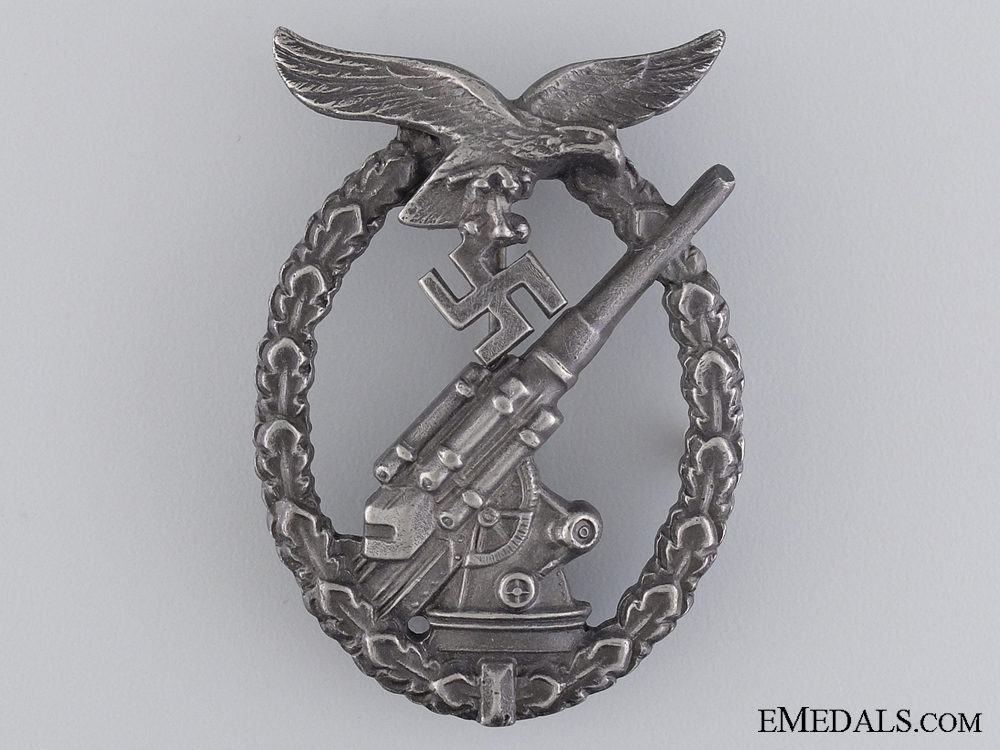 A Cased Luftwaffe Flak Badge by Juncker