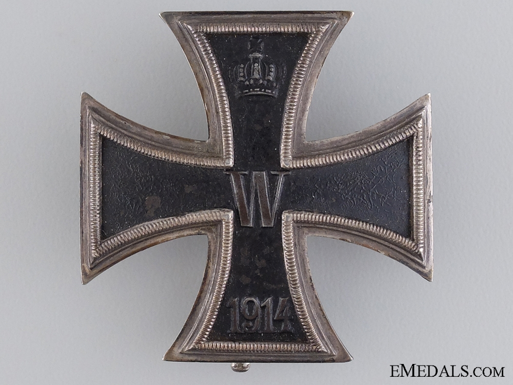 An Iron Cross First Class 1914; Marked 800