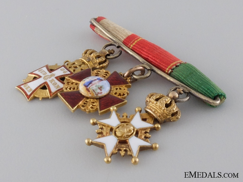 A Fine Miniature Order of St.Anne in Gold Group c.1905