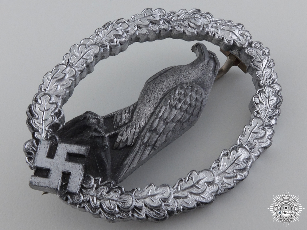 A Scarce Retired Luftwaffe Pilot's Badge