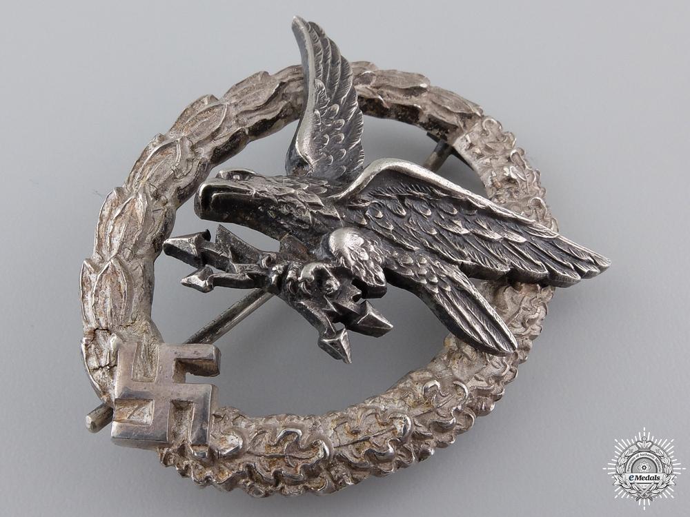 A Radio Operator & Air Gunner Badge by C.E. Juncker