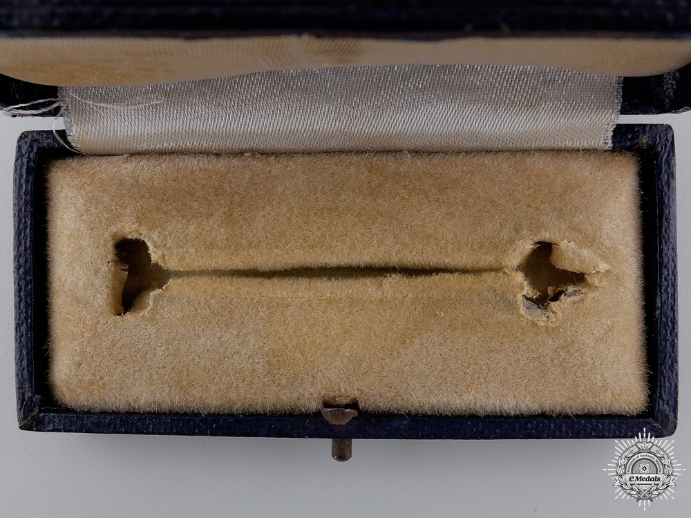 A Case for the Bomber Squadron Clasp; Bronze Grade