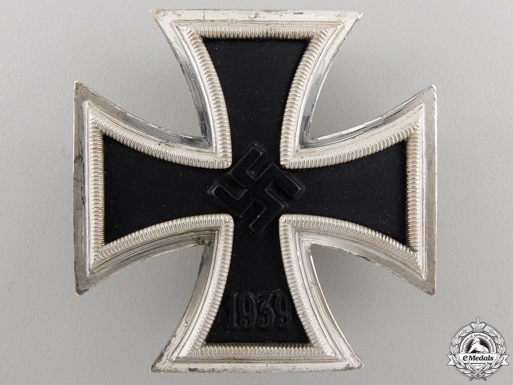 A Mint Iron Cross First Class 1939 with Case