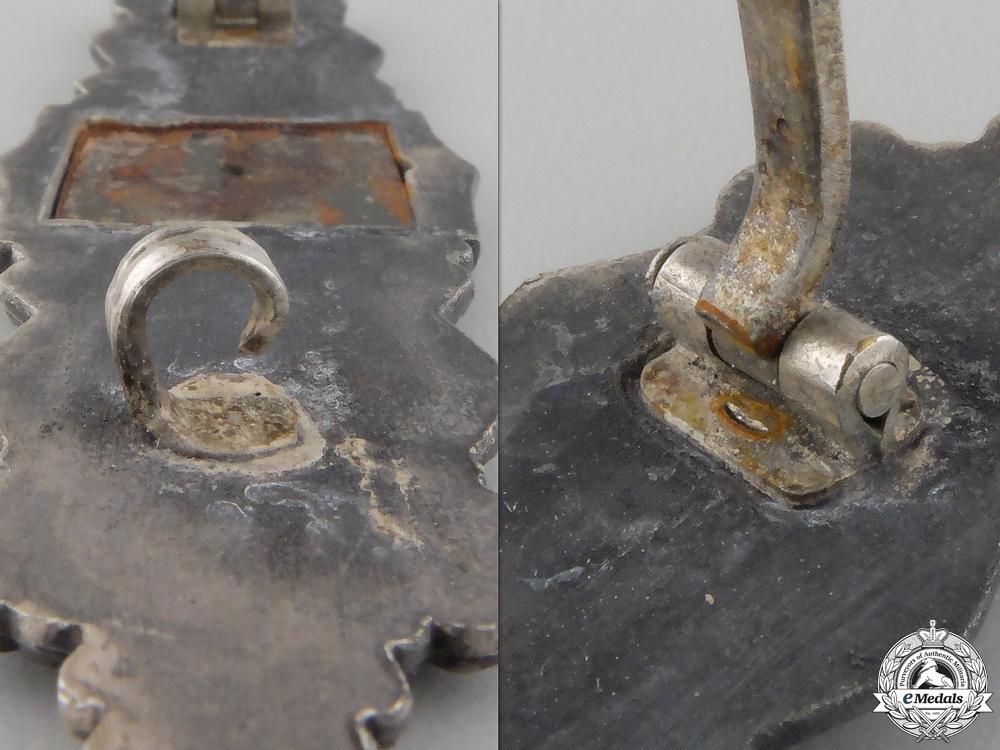 A Silver Grade Close Combat Clasp by Deschler & Sohn