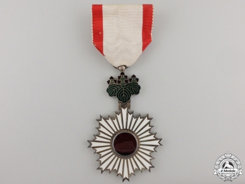 A Japanese Order of the Rising Sun; Fifth Class with Case