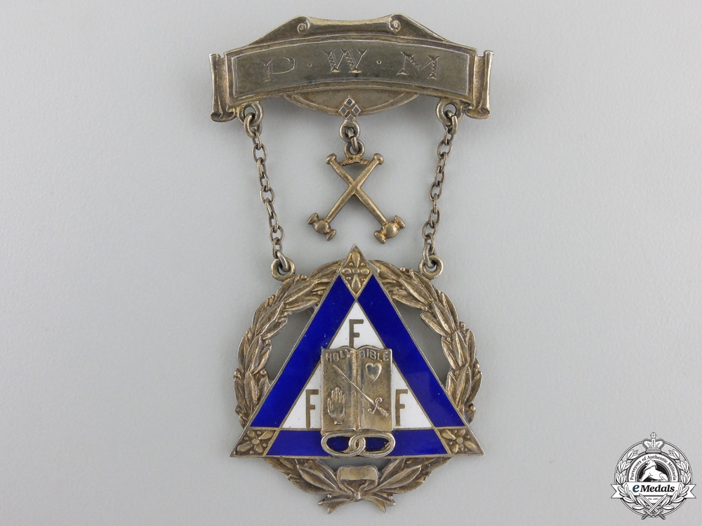 A Second War Royal Canadian Navy & Forces Decoration Medal Group