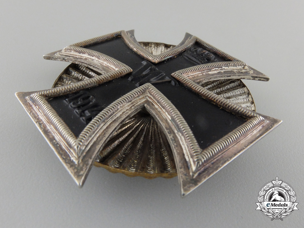 An Iron Cross First Class 1914; Screw Back